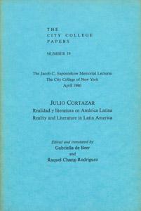 Cubierta de la obra : Realidad y literatura en América Latina =