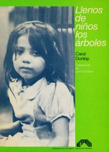 Front Cover : Llenos de niños los árboles