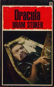 Cubierta de la obra : Dracula