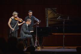 Alina Ibragimova, Cédric Tiberghien y Marcos García Lecuona. Beethoven: el cambio permanente, 2020