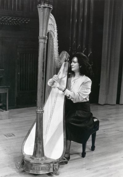María Rosa Calvo Manzano. Concierto Alrededor del arpa (En homenaje a Zabaleta)