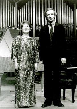 María Teresa Chenlo y Volker Banfield. Concierto Ligeti: integral de su obra para piano y clave , 1993