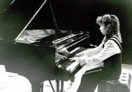 Marie-Vida Obeid. Concierto Homenaje a Gonzalo de Olavide en su 60 Aniversario - Aula de (Re)estrenos [21] , 1994