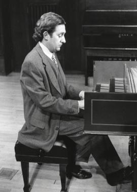 Pablo Cano. Concierto Música para tecla, arpa y vihuela , 1995
