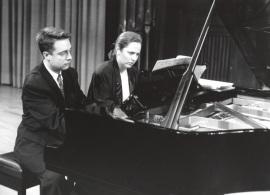 Iñaki Saldaña y Chiky Martín. Recitales para Jóvenes, 1995