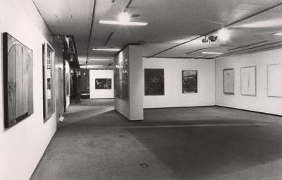 Vista parcial de la exposición El arte del siglo XX en un museo holandés Obras del Museo Municipal de Eindhoven