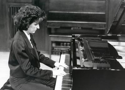 Silvia Torán. Concierto Rachmaninov-Scriabin: obra para piano