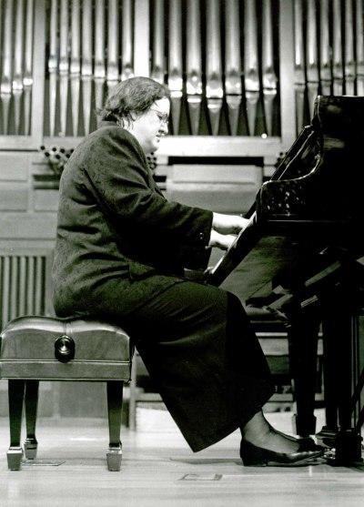 Almudena Cano. Concierto Rachmaninov-Scriabin: obra para piano