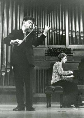 Gabriel Tamayo y Elisa Agudiez. Recital de violín y piano , 1995