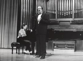 Almudena Ruiz y Agustín Achúcarro. Recital de canto y piano , 1995