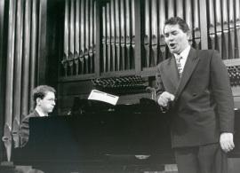 Xavier Pares y Iñaki Fresán. Concierto Música para tres poetas , 1995
