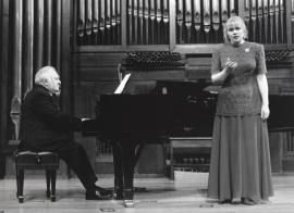 Miguel Zanetti y Glafira Prolat. Concierto Música para tres poetas , 1995