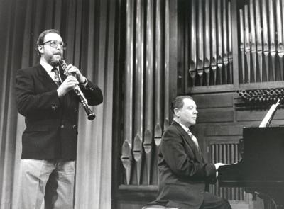 Jesús María Corral y Rogelio R. Gavilanes. Concierto Alrededor del oboe