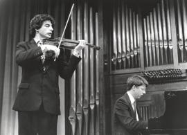 Víctor Ambroa y Graham Jackson. Recitales para Jóvenes, 1996
