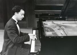 José Luis Bernaldo de Quiros. Concierto Variaciones para tecla , 1996