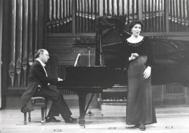 Perfecto García Chornet y Patricia Llorens. Concierto Música francesa de la época de Toulouse-Lautrec , 1996