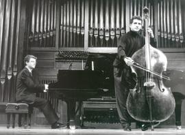 Antonio García Araque y Ángel Gago Bádenas. Concierto Alrededor del contrabajo , 1996