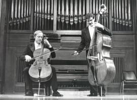 Paul Friedhoff y Andrzej Karasiuk. Concierto Alrededor del contrabajo , 1996