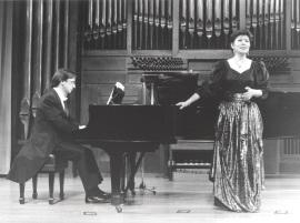 Alejandro Zabala y Atsuko Kudo. Concierto Integral de canciones de Joaquín Rodrigo , 1997