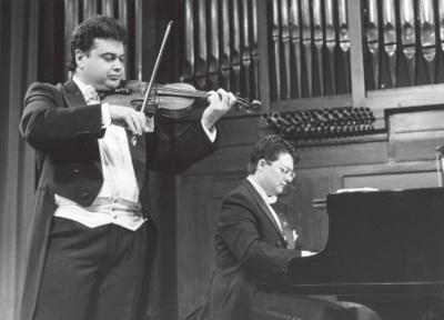 Manuel Guillén y Brenno Ambrosini. Concierto Schubert: música de cámara
