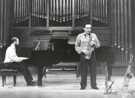 Manuel Miján y Sebastián Mariné. Concierto Alrededor del saxofón , 1997