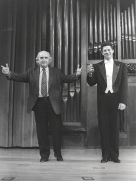 Antón García Abril y el pianista Leonel Morales. Concierto Antón García Abril. Integral de la obra para piano - Aula de (Re)estrenos (31) , 1997