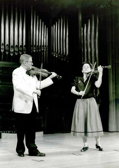 Luis Michal y Martha Carfi. Concierto El violín contra las cuerdas