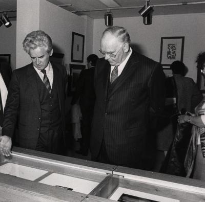 Yuri Dubinin y Peter Ludwig. Exposición Vanguardia rusa 1910-1930 Museo y Colección Ludwig