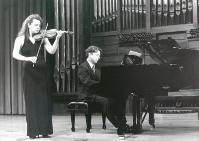 Ana Francisca Comesaña y Hubert Weber. Concierto Sonatas para violín y piano