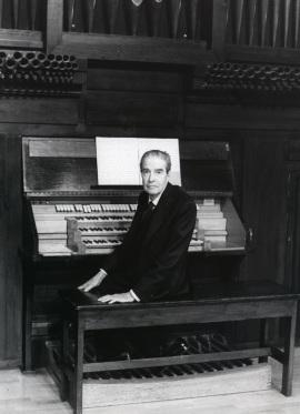 Ramón González de Amezúa. Concierto El órgano del siglo XX , 1999