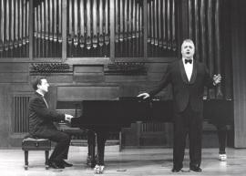 Gerardo López Laguna y Félix M. Goñi. Recital de Canto y Piano, 2000