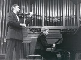 Natalia Maslennikova y Rafael Khismatulin. Recitales para Jóvenes, 2001