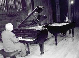 Dúo Uriarte-Mrongovius. Concierto Las sonatas para piano de Beethoven , 2002