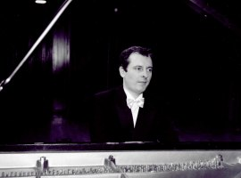 Ignacio Marín Bocanegra. Concierto Las sonatas para piano de Beethoven , 2002