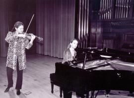 Tatiana Samouil y Irini Gaitani. Recital de violín y piano, 2002