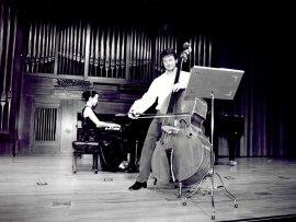 Catalin Sandu y Ana Pérez Llorente. Recital de contrabajo y piano, 2002