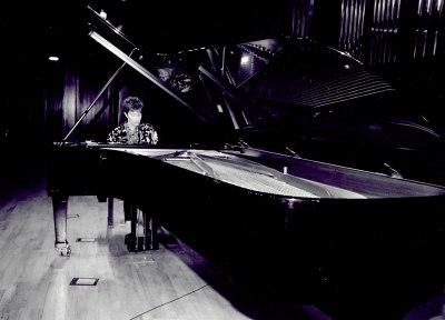 María Jesús Garzón. Concierto Variaciones para piano