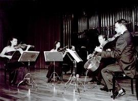 Ana Francisca Comesaña, Yulia Iglinova, Manuel Román, Ángel García Jerman y Kennedy Moretti. Concierto Schumann-Brahms: cuartetos y quintetos con piano , 2002