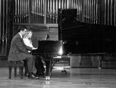 Ana Álamo y Gonzalo de la Hoz. Recital de piano a cuatro manos