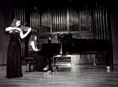 Elena Mikhailova y Victoria Mikhailova. Concierto Aula de (Re)estrenos (47) , 2003