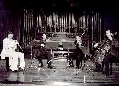Cuarteto Babel. Concierto Alrededor del oboe (2003)