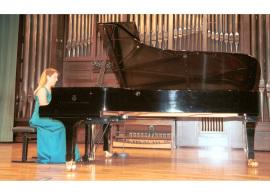 Miriam Gómez-Morán. Concierto Músicas para una exposición Kandinsky , 2003