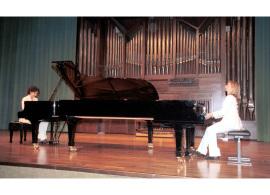 BdB Dúo, Mª José Barandiarán y Mª José Bustos. Concierto Música para dos pianos , 2003