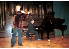 Julia Malkova y Sebastián Mariné. Concierto Hector Berlioz: dos siglos , 2003
