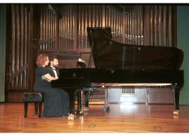 Atlantis Piano Dúo, Heidi Sophia Hase y Eduardo Ponce. Concierto Dvorák en su centenario , 2004