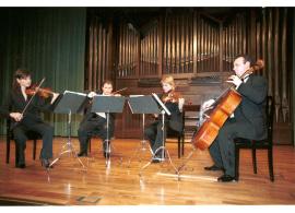 Cuarteto Wanderer, Yulia Iglinova, Rubén Darío Reina, Julia Malkova y Anton Gakkel. Concierto Dvorák en su centenario , 2004