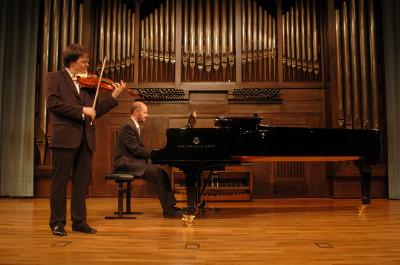 Luis Esnaola y Juan Carlos Garvayo. Concierto Segunda tribuna de jóvenes intérpretes: el violín