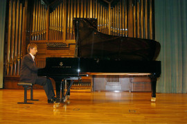 Daniel Blanch. Recital de piano , 2004