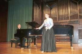 Ana Rodrigo y Aurelio Viribay. Concierto García Leoz en su centenario , 2004