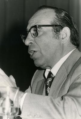 Mariano Yela en el ciclo La inteligencia verbal, 1975